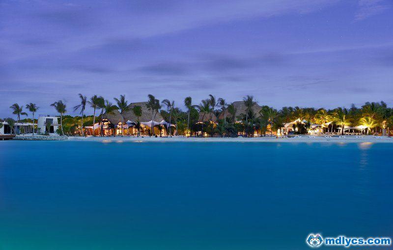 马尔代夫康杜玛岛6天4晚自助游香港直飞